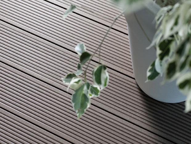 Pavimento In Gomma Per Esterno : Parmoquettes : pavimenti in legno laminato moquettes linoleum